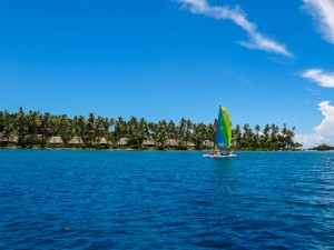 Hobie passing Cousteau Resort while we were heading to the snorkeling spot